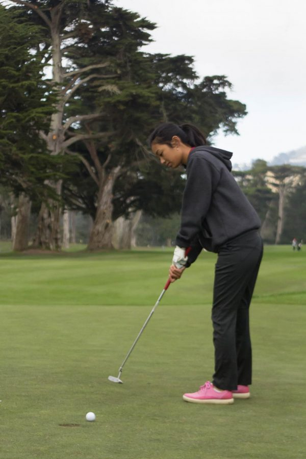 Sophomore Sydney Geronimo gets ready to swing her club.