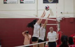Lowell varsity girls volleyball take home victory in Battle of the Birds