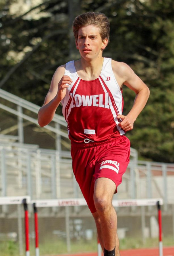 Junior Luke Woodhouse ran the 800m and finished with a time of 2:29.66.