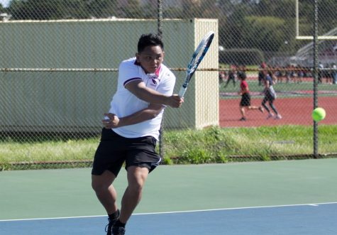 Vars boys tennis drops Wallenberg to stay undefeated