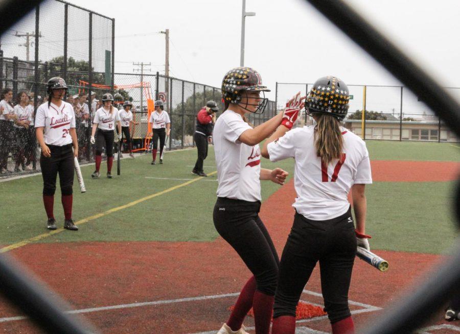 Softball destroys Galileo 16-0 in three innings