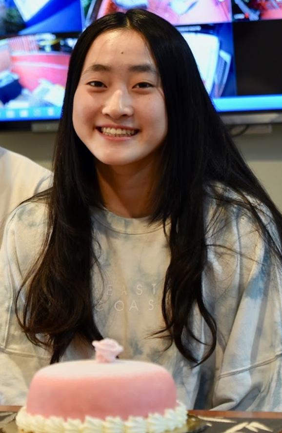 Angela Chen