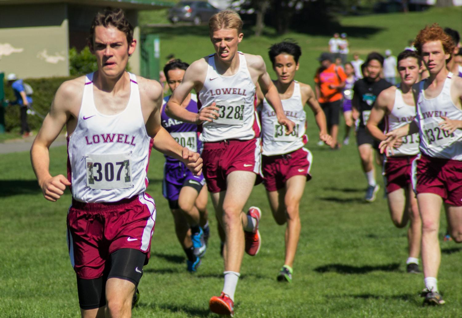 Senior Noah Battaglia leads the pack, with the rest of the boys varsity team following closely at Golden Gate Park on Sept. 20.