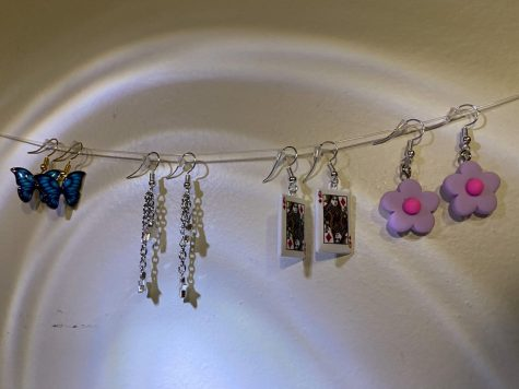 Senior Emily Doan makes jewelry and sells it through her instagram shop, ems_jewelry.